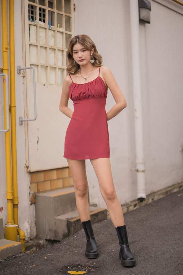 Last Minute Dress in Dull Red