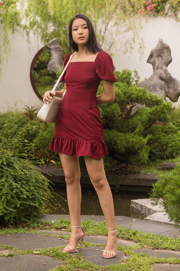 Squared Dress in Poppy Red