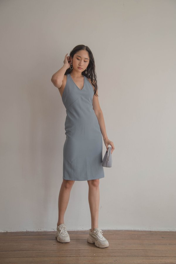 Play Back Dress in Medium Blue