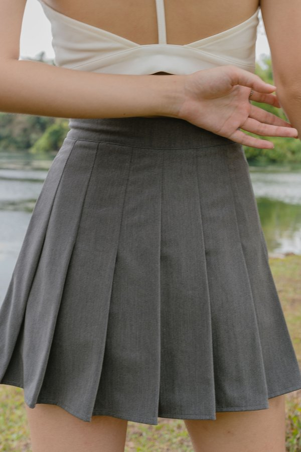 IT Girl Skirt in Thunder Grey