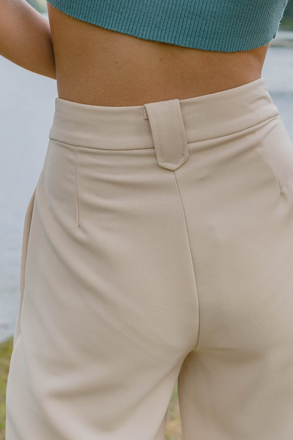 Vocational Pants in Butter Cream